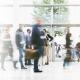 Konferenz- und Präsentationstechnik, Eingangshalle mit Personen